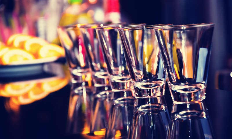 Drinking Tips: 17 Expert-Tested Ways to Prevent a Hangover