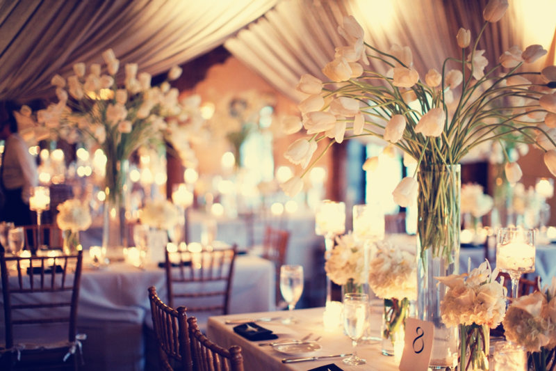 10 Ways To Decorate A Wedding Reception On Budget
